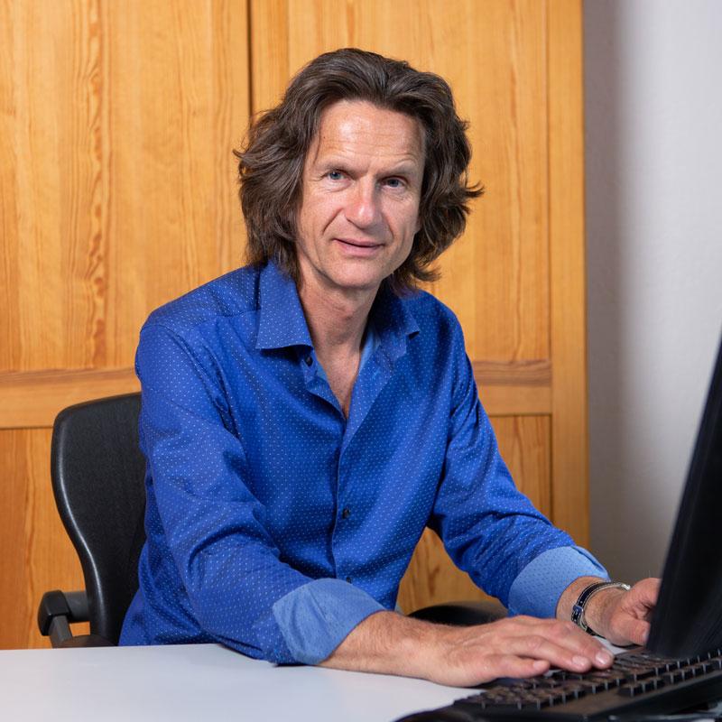 Jürgen Jung, Geschäftsinhaber