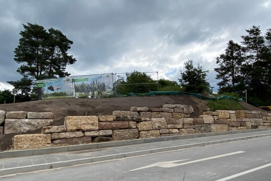 Natursteinmauer von Jung Garten- und Landschaftsbau